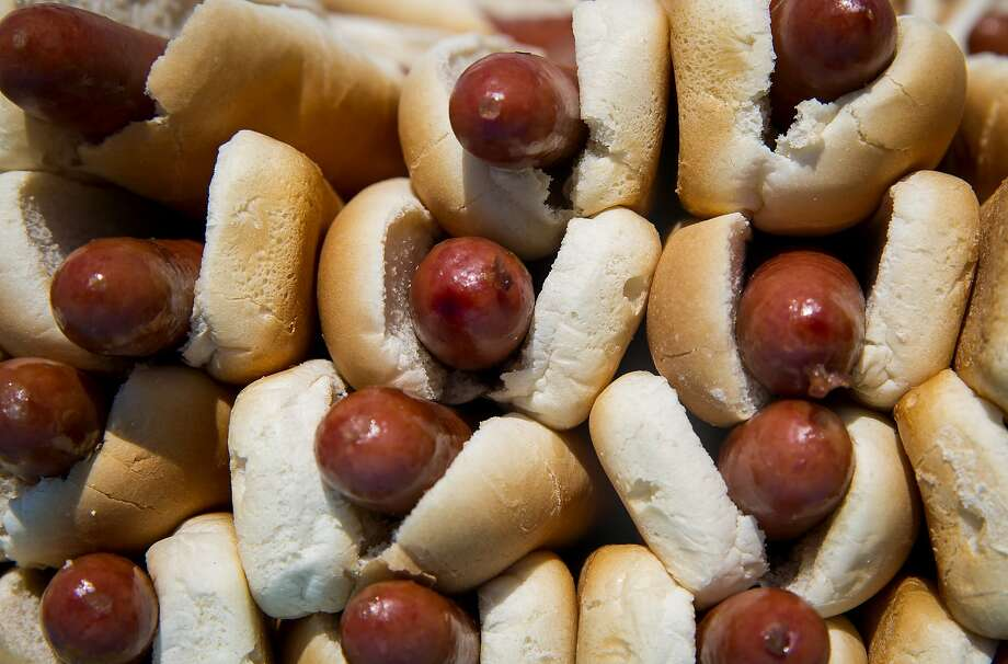 Estimated hot dogs eaten per capita annually in Connecticut: 260 (9th highest)
