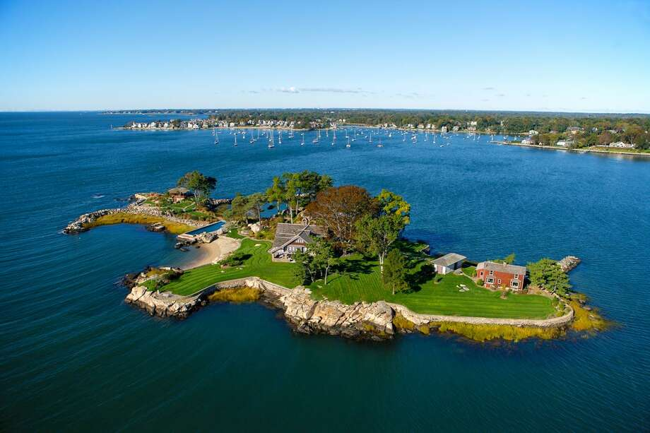 Tavern Island off Norwalk, Conn., with the property under contract to be sold in June 2018 for $8.7 million. Photo: Contributed Photo / Stefen Turne / Contributed Photo / Stefen Turne / ©2012 Stefen Turner