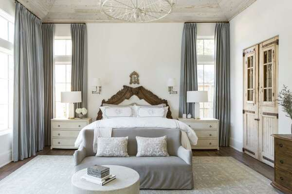 1of18interior Designer Marie Flanigan Created The Master Bedroom S Headboard Using Silk Velvet And Carved Millwork She Found In Round Top