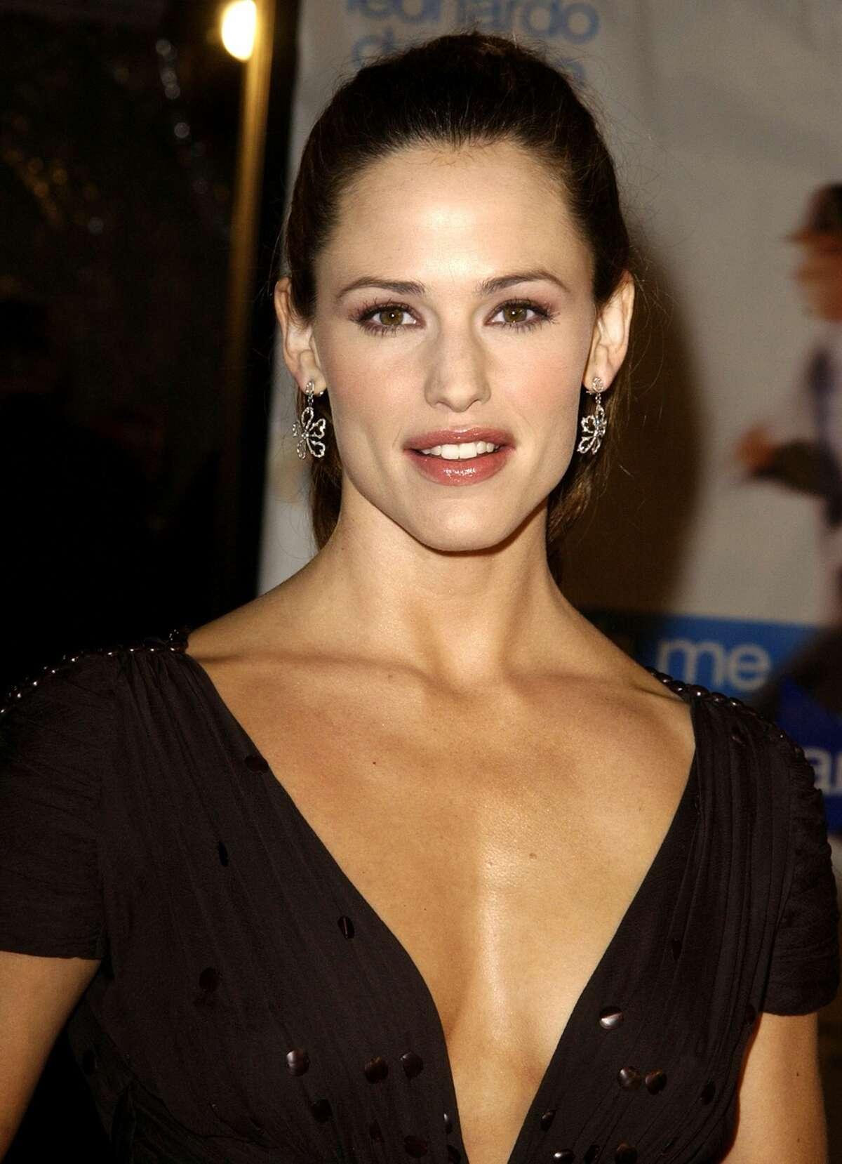 Jennifer Garner:Maxim Hot 100 winner 2002