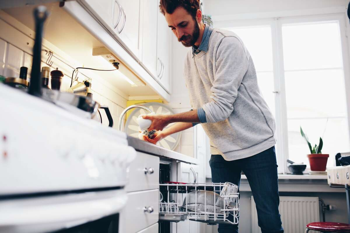San Francisco renters are less likely to demand a dishwasher. San Francisco:Renters seeking a dishwasher: 33%. Properties offering a dishwasher: 37%. Sacramento:Renters seeking a dishwasher: 44%. Properties offering a dishwasher: 24%. Seattle:Renters seeking a dishwasher: 45%. Properties offering a dishwasher: 33%.