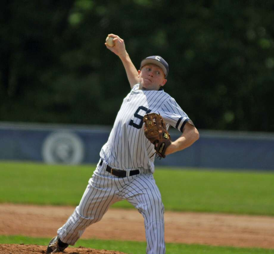 Shepaug graduate Alan Stinson tossed a complete game in Oakville senior legion's 3-2 win over Bethel Wednesday. Photo: Ryan Lacey /Hearst Connecticut Media