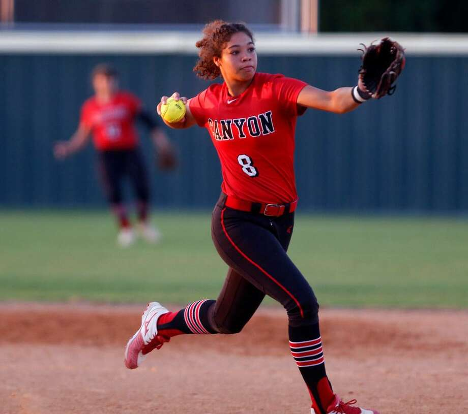 New Braunfels Canyon third baseman/pitcher Aliyah Pritchett batted .494 with nine doubles, eight home runs and 46 RBIs. Photo: Ronald Cortes /For The Express-News /