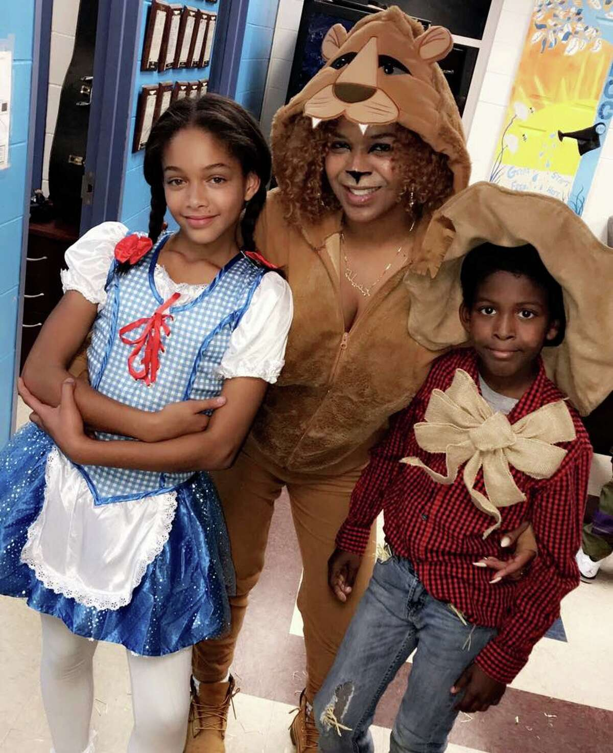Dailia Yeend and her two children, Taquan and Savannah.