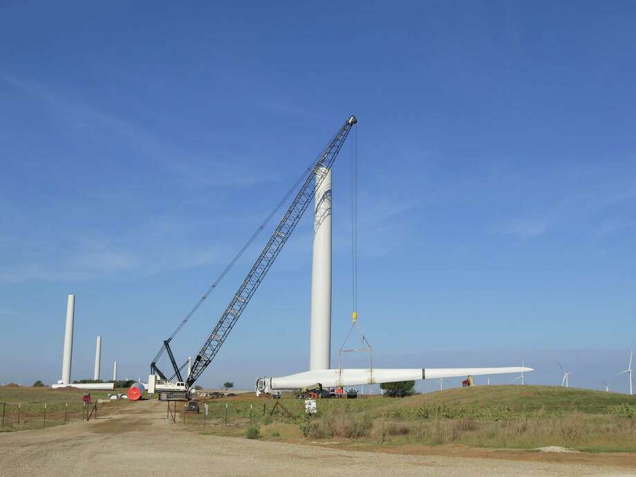 A turbine is being installed at the Shannon Wind farm near Wichita Falls that is 50 percent owned by Canada-based Alterra Power Corp. The electricity generated will eventually go toward powering Facebook's planned data center in Fort Worth. Photo: Alterra Power Corp. / Frank Hennessy