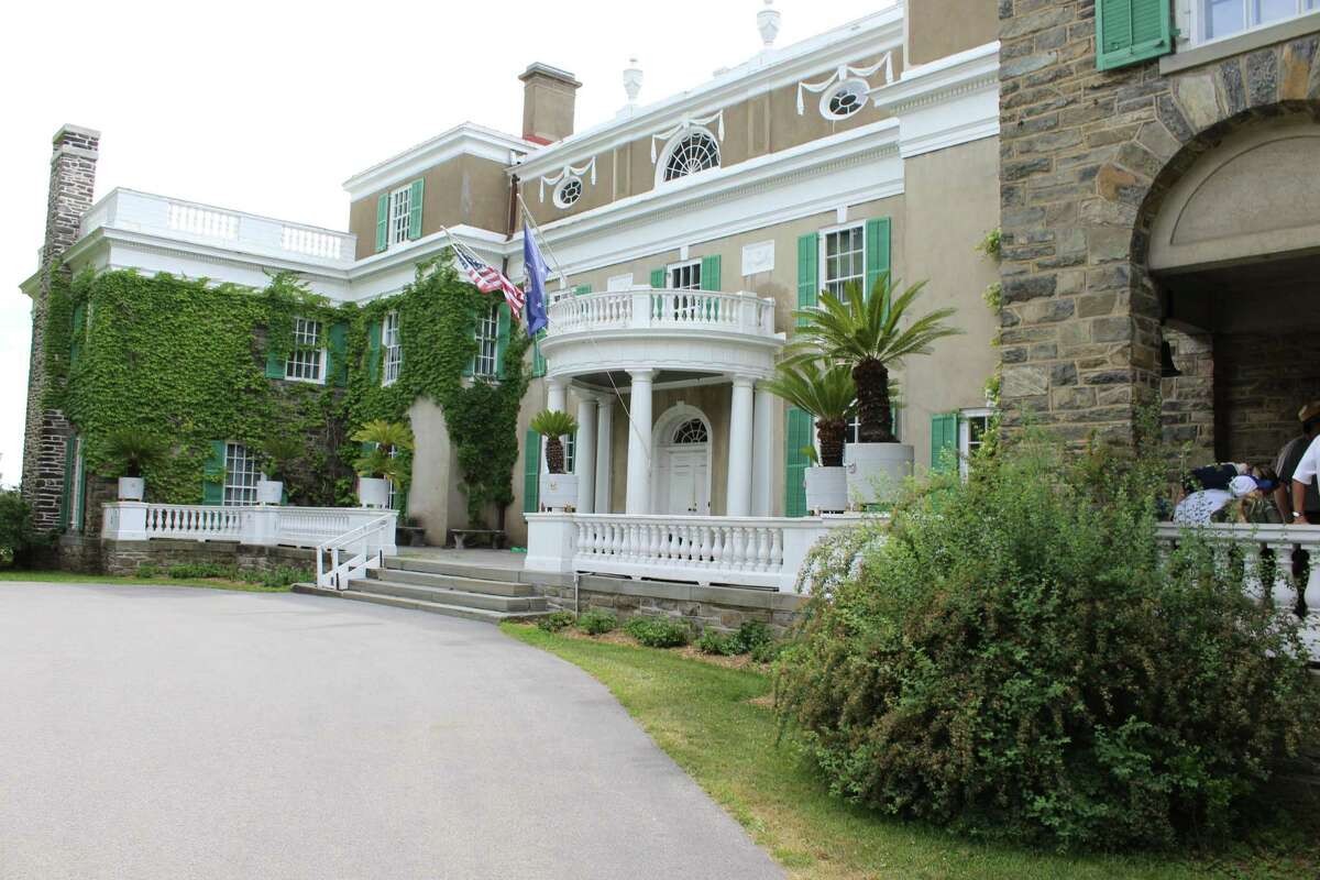 The Franklin D. Roosevelt home in Hyde Park, New York gives people a look into the estate where the 32nd President of the United States grew up.