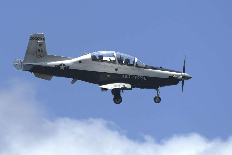 A T-6 Texan II trainer aircraft approaches a runway at Randolph Air Force Base on Thursday, June 28, 2018.