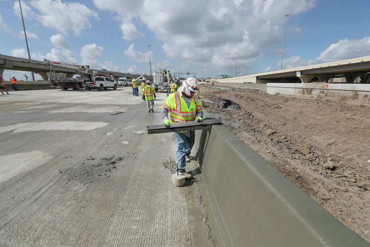 The construction area for U.S. 290 project near the Loop 610-290 interchange Thursday, June 28, 2018, in Houston. TxDOT is planning to return traffic to its normal flow from before the interchange work started, with northbound Loop 610 merging from the left onto westbound U.S. 290.