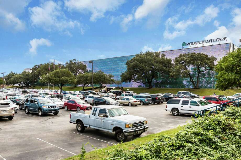 Houston-based Braun Enterprises has acquired 84 NE Loop 410, also known as the Century Building, in San Antonio. The four-story, 187,000-square-foot building is on Loop 410 at U.S. 281. Photo: Braun Enterprises /