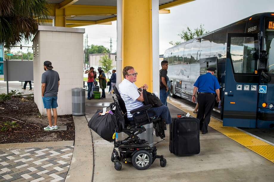 For disabled travelers, technology helps smooth the way  But