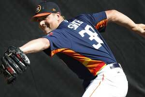 Houston Astros RHP pitcher Joe Smith (38) thows a bullpen session as the pitchers and catchers worked out during spring training at The Ballpark of the Palm Beaches, Saturday, Feb. 17, 2018, in West Palm Beach.   ( Karen Warren / Houston Chronicle )