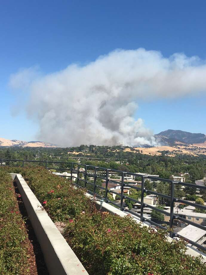 Three fires erupted near the Concord-Walnut Creek border on Friday. Photo: Catherine Ancheta
