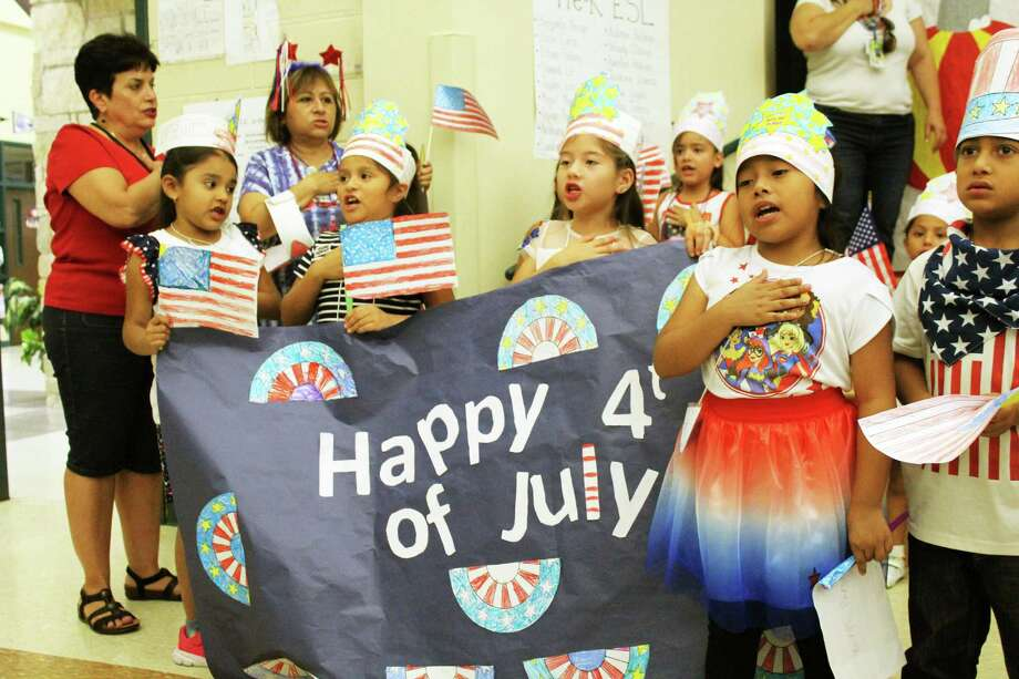 Pre-kindergarten students from Park Lakes Elementary in Humble held an early Fourth of July parade on June 28, 2018 to learn more about the United States and patriotism. Photo: Kaila Contreras