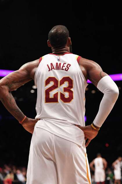 info for 1bd38 b170c LeBron James' decision to become free agent likely kills ...