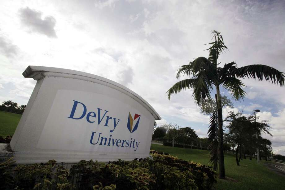 Thirty-two former DeVry University students have sued the school for fraud in a lawsuit filed in San Antonio federal court last week. Photo: J Pat Carter /Associated Press / AP