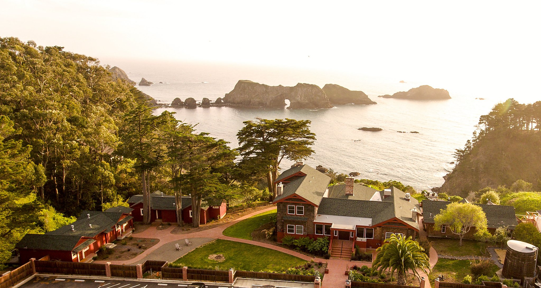 Suite Spot: Harbor House Inn, Mendocino - SFChronicle.com