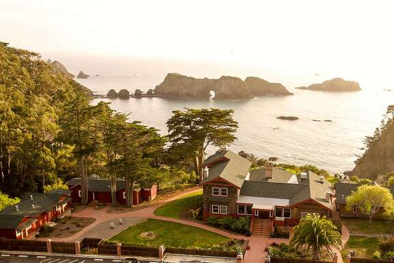 The view of the Pacific Ocean above the Harbor House Inn in Mendocino.