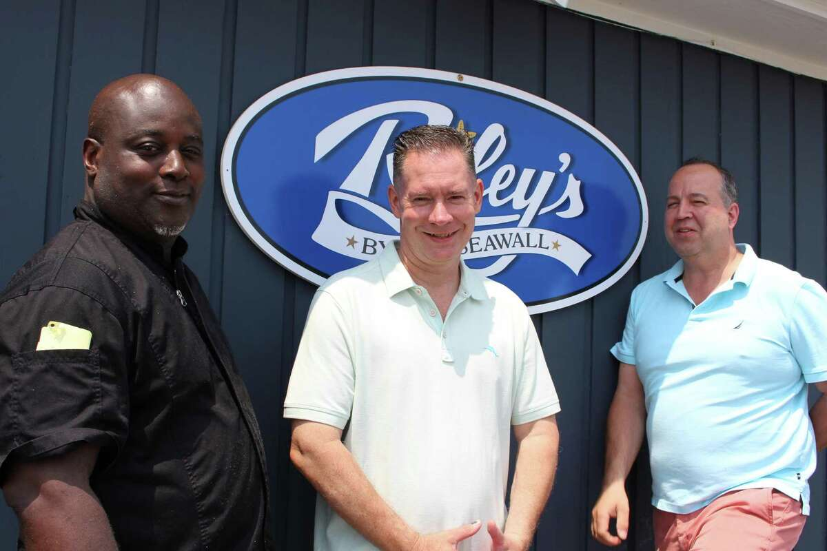 (Left to right) Head chef Dave Eccleston and Riley's owners Steve O'Neill and Richard Davis.