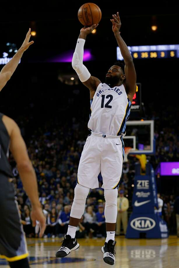Tyreke Evans spent last season with Memphis, averaging 19.4 points. Photo: Santiago Mejia / The Chronicle 2017