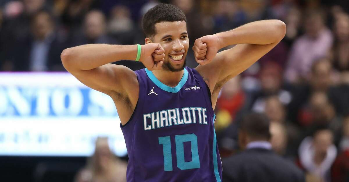 TORONTO, ON - NOVEMBER 29: Michael Carter-Williams #10 of the Charlotte Hornets reacts against the Toronto Raptors during NBA game action at Air Canada Centre on November 29, 2017 in Toronto, Canada. NOTE TO USER: User expressly acknowledges and agrees that, by downloading and or using this photograph, User is consenting to the terms and conditions of the Getty Images License Agreement. (Photo by Tom Szczerbowski/Getty Images)