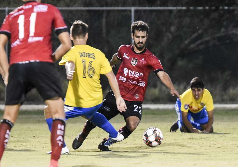 Joao Monteiro scored the lone goal in the third minute of the second half Tuesday as the Heat beat the Vaqueros 1-0 at Dustdevil Field to complete at perfect 10-0 regular season. Photo: Danny Zaragoza /Laredo Morning Times