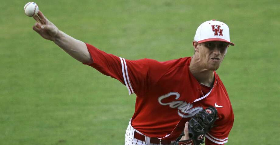 Houston pitcher Andrew Lantrip (13) pitches in the first inning of an NCAA college baseball regional tournament game against LSU in Baton Rouge, La., Monday, June 2, 2014. (AP Photo/Gerald Herbert) Photo: Gerald Herbert/AP