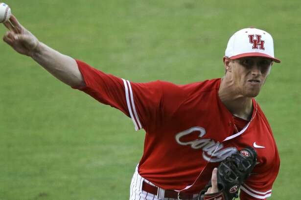 Houston pitcher Andrew Lantrip (13) pitches in the first inning of an NCAA college baseball regional tournament game against LSU in Baton Rouge, La., Monday, June 2, 2014. (AP Photo/Gerald Herbert)