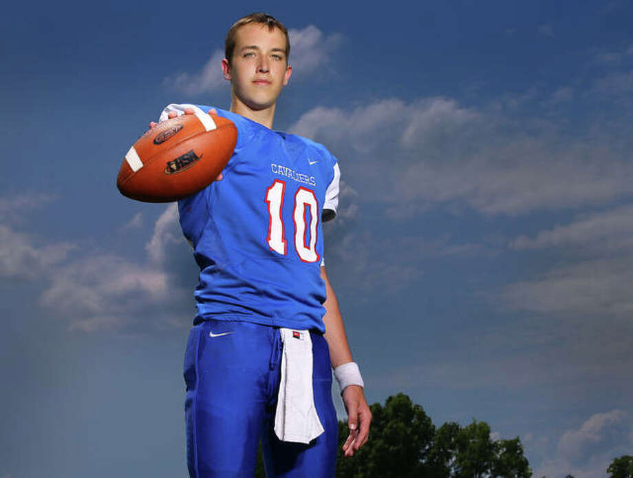 Back in a starting role as a junior, Carlinville quarterback Jarret Easterday threw for 2,701 yards and 29 TD passes for a 10-2 Cavaliers team to earn 2017 Telegraph Small-Schools Football Player of the Year. Photo:       Billy Hurst / For The Telegraph