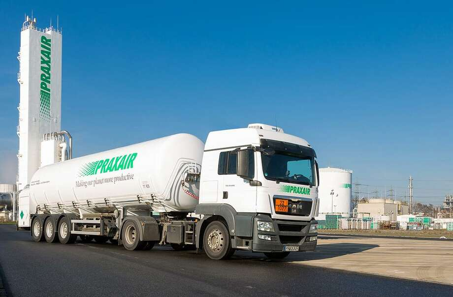 A Praxair industrial gases facility in France. On July 5, 2018, Praxair confirmed plans to sell European assets for $5.9 billion to Japan-based Taiyo Nippon Sanso to meet antitrust approval from the European Commission. (File photo via Praxair)