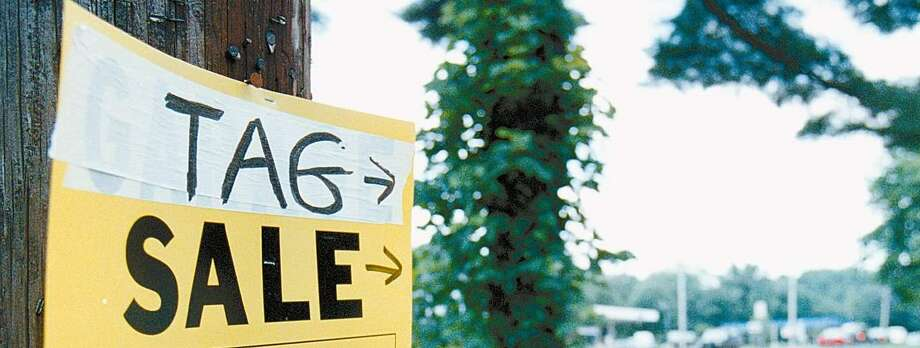 6-27-98, COS COB, A tag sale sign posted on state owned property off Old Post Road #6 in COS COB.....PHOTO/LUCKEY jr........COLOR Photo: Bob Luckey / GT