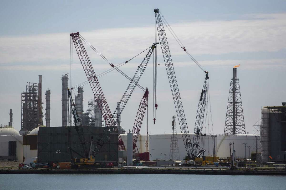 Oil storage tanks are under construction at the Port of Corpus Christi, Wednesday, March 7, 2018, in Corpus Christi. ( Mark Mulligan / Houston Chronicle )