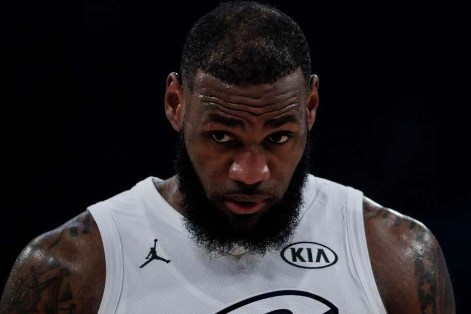 LeBron James' move to the Lakers has seen their title odds improve while the Cavaliers' have plummeted. Photo: Robert Gauthier, TNS / Los Angeles Times