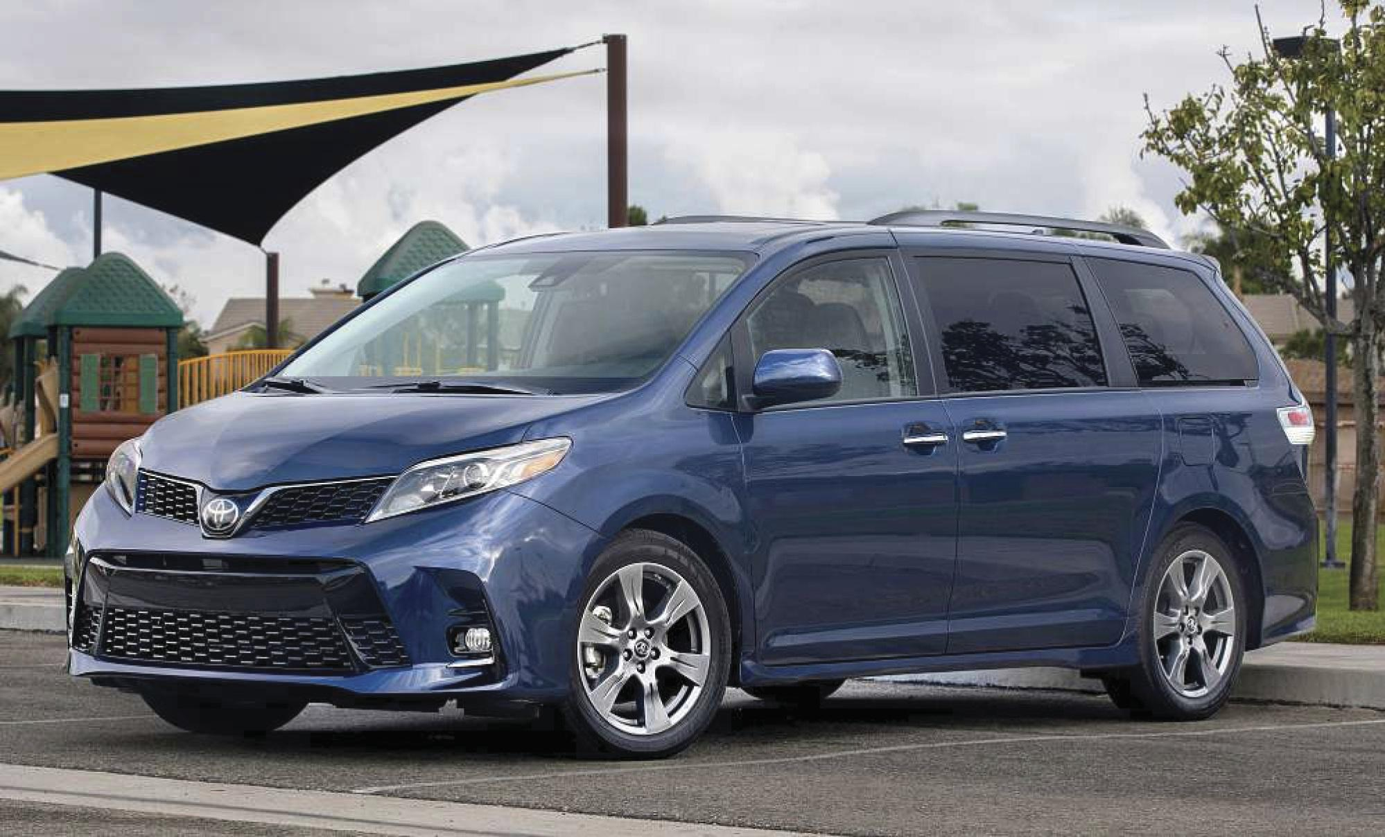 Toyota Sienna gets some upgrades for 2018, including new front end