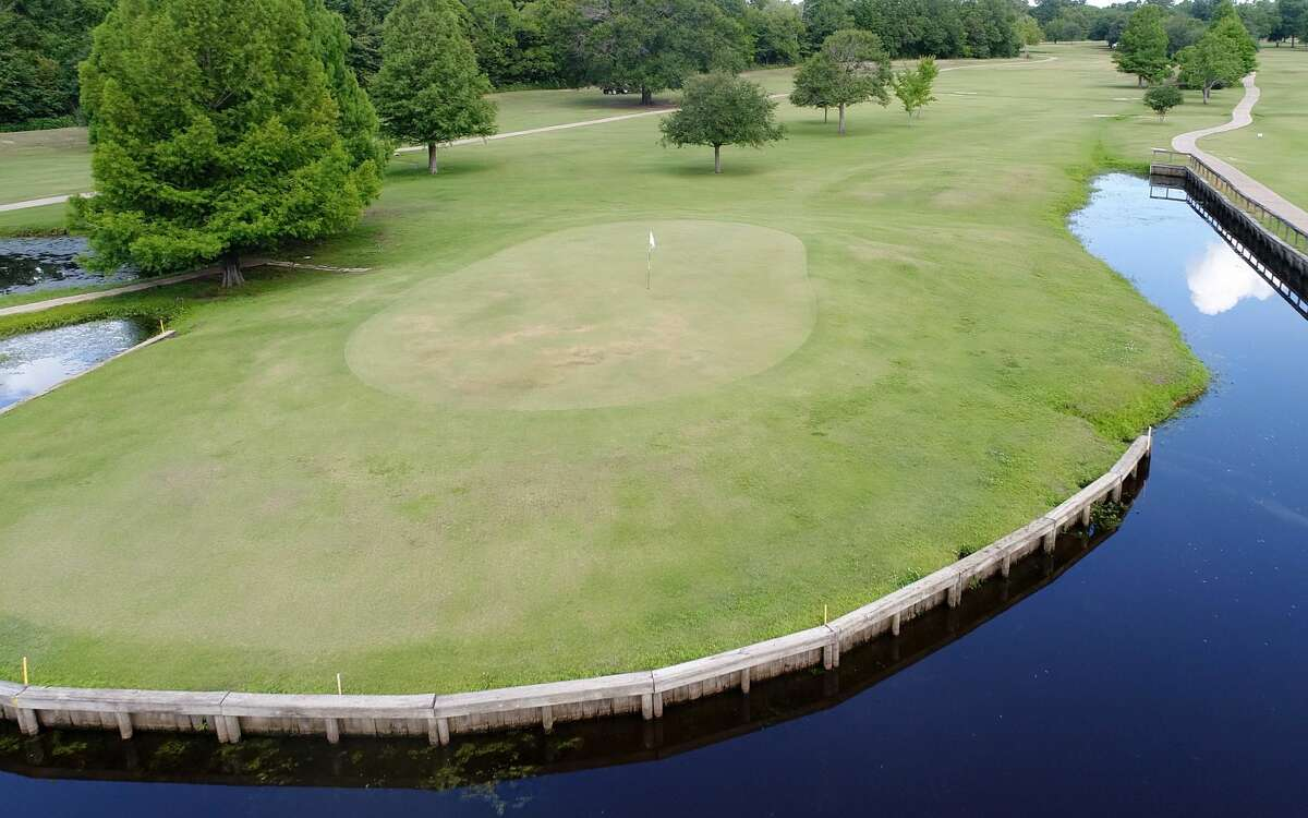 Drone photo of the green on hole 12 at Bayou Din.