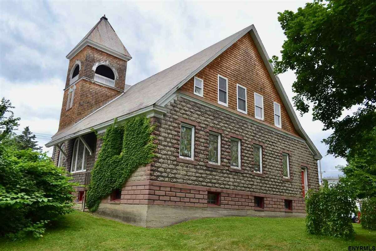 $85,000. 13 Main St., Fultonville, NY 12072. View listing.