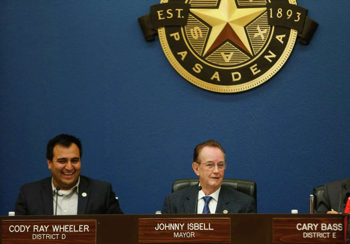 Then-Pasadena Mayor Johnny Isbell presides over a city council meeting on Tuesday, May 5, 2017, in Pasadena.