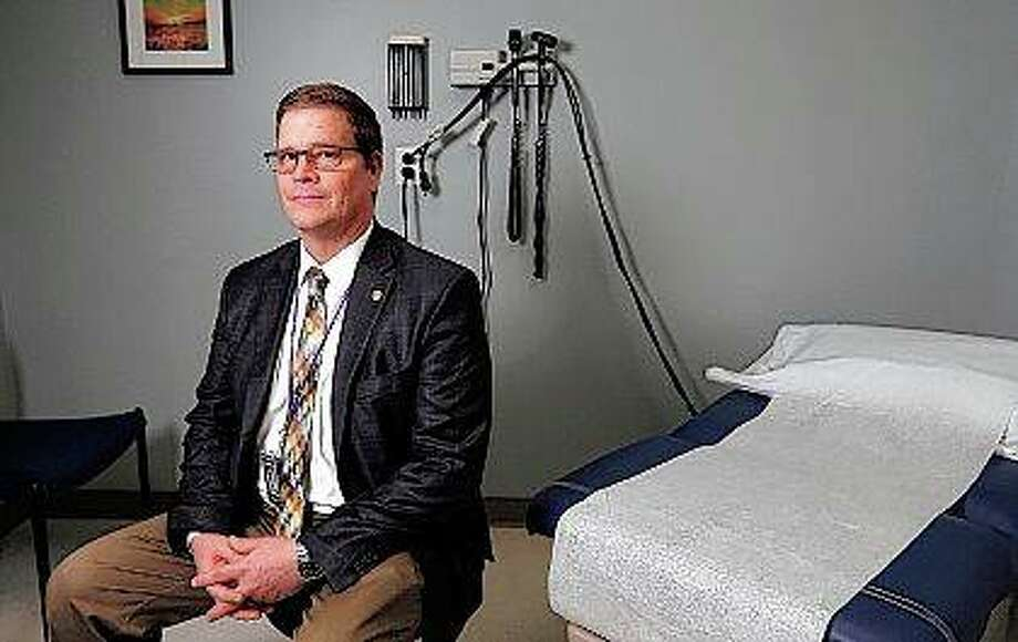 Dr. Michael Connolly is chief medical officer at the Southern Illinois University Center for Family Medicine. When Connolly moved from Wisconsin to Quincy in January 2017 to teach, he was shocked at the number of opioid prescriptions and substance use disorders. Photo:       Jake Shane | Quincy Herald-Whig (AP)