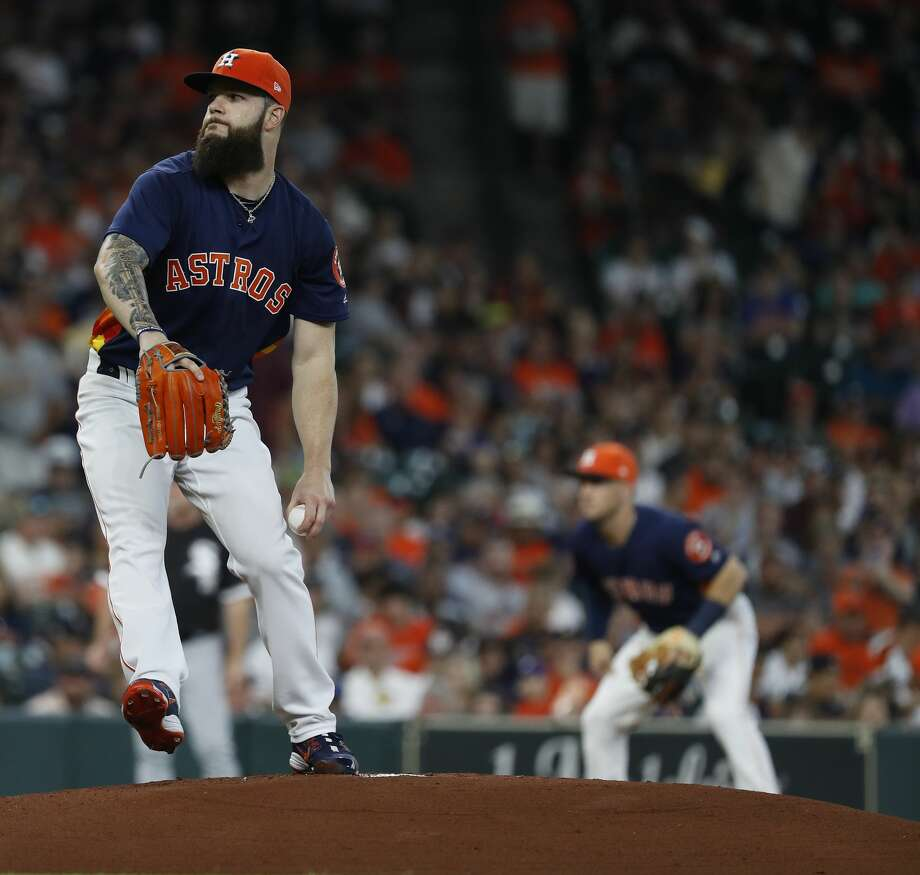 Houston Astros starting pitcher Dallas Keuchel (60) pitches during the first inning of an MLB game at Minute Maid Park, Sunday, July 8, 2018, in Houston. ( Karen Warren  / Houston Chronicle ) Photo: Karen Warren/Houston Chronicle