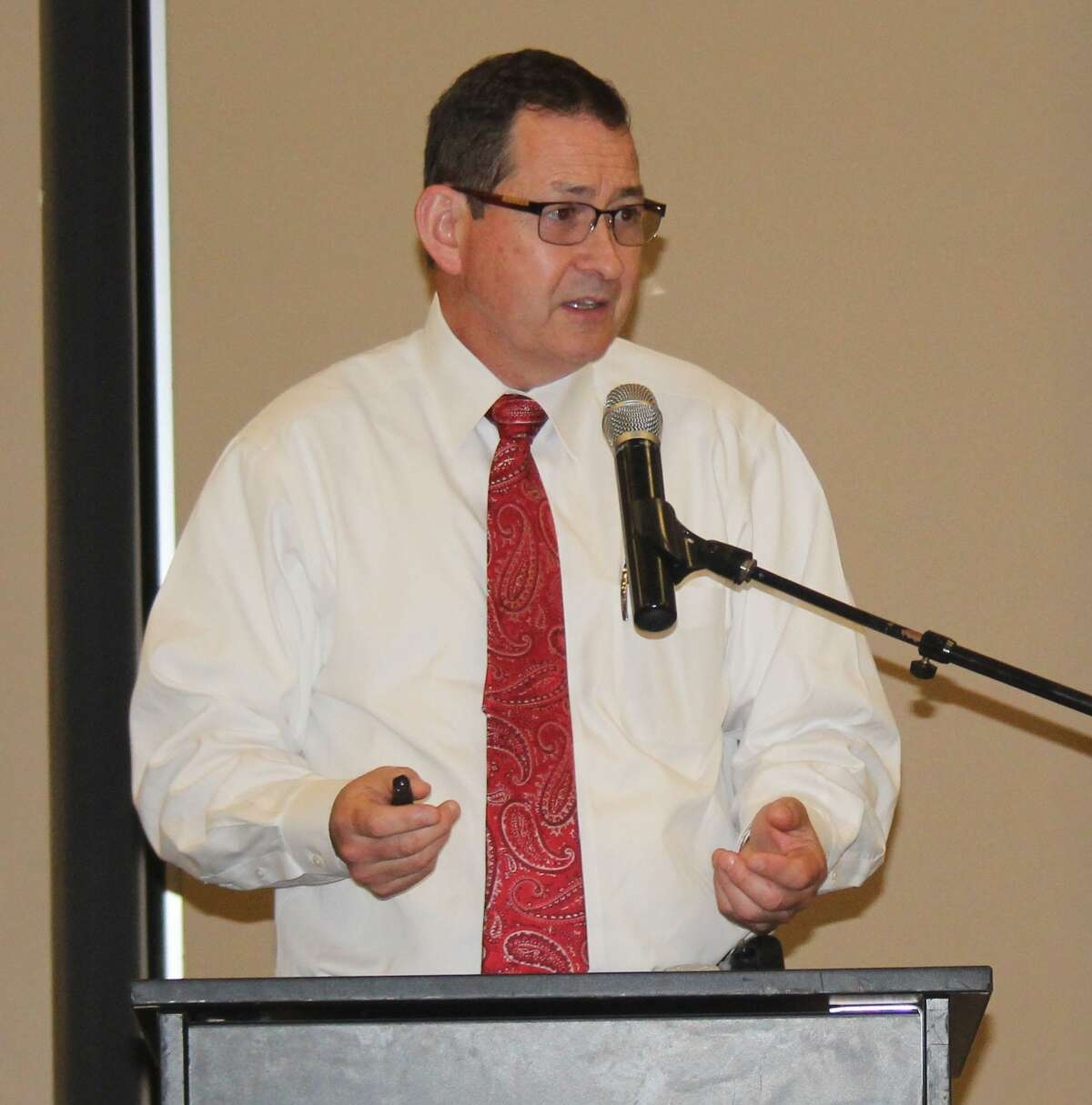 Alan Clark of the Houston-Galveston Area Council spoke at the Greater Cleveland Chamber of Commerce Luncheon on July 5 and discussed the council's functions along with its projects and how they impact the Cleveland area.