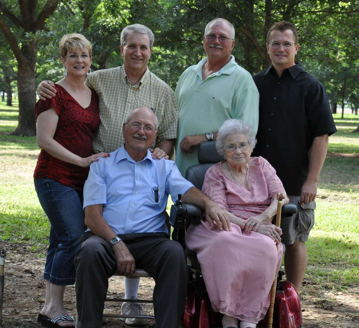 Hart Days 2018 Parade Marshals Longtime Hart residents Robert and Leta Mae Hawkins are being honored as Hart Days 2018 Parade Marshals. The couple is shown with their children: Lesa Dwyer (back left) and sons David, Theron and Phillip Hawkins. Robert and Leta Mae are deceased and the first Parade Marshals to be honored posthumously. Three of their children will represent them in the Hart Days Parade on Saturday, July 28.