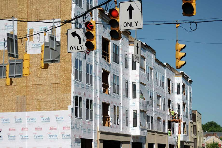 Construction work continues on the Electric City Apartments on State Street on Monday, July 9, 2018, in Schenectady, N.Y.   (Paul Buckowski/Times Union) Photo: Paul Buckowski, Albany Times Union / (Paul Buckowski/Times Union)