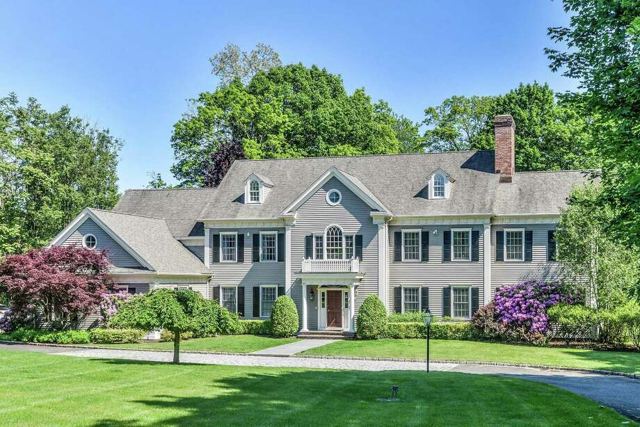 The gray clapboard colonial house at 184 Cross Highway is in the Long Lots neighborhood convenient to the Rolnick Observatory and many local amenities. Photo: Paul Wear / paul wear
