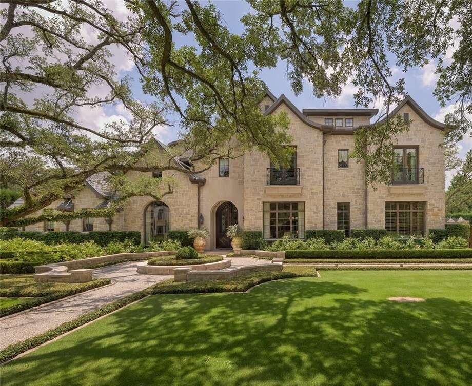 A French-style home listed in Houston for $9.3 million features everything from exquisite architecture to an outdoor paradise. Photo: Realtor.com