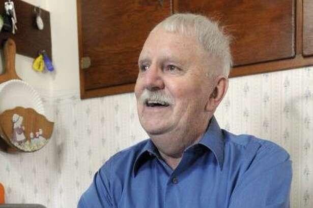 LaReau, 81, died last Thursday in San Antonio.