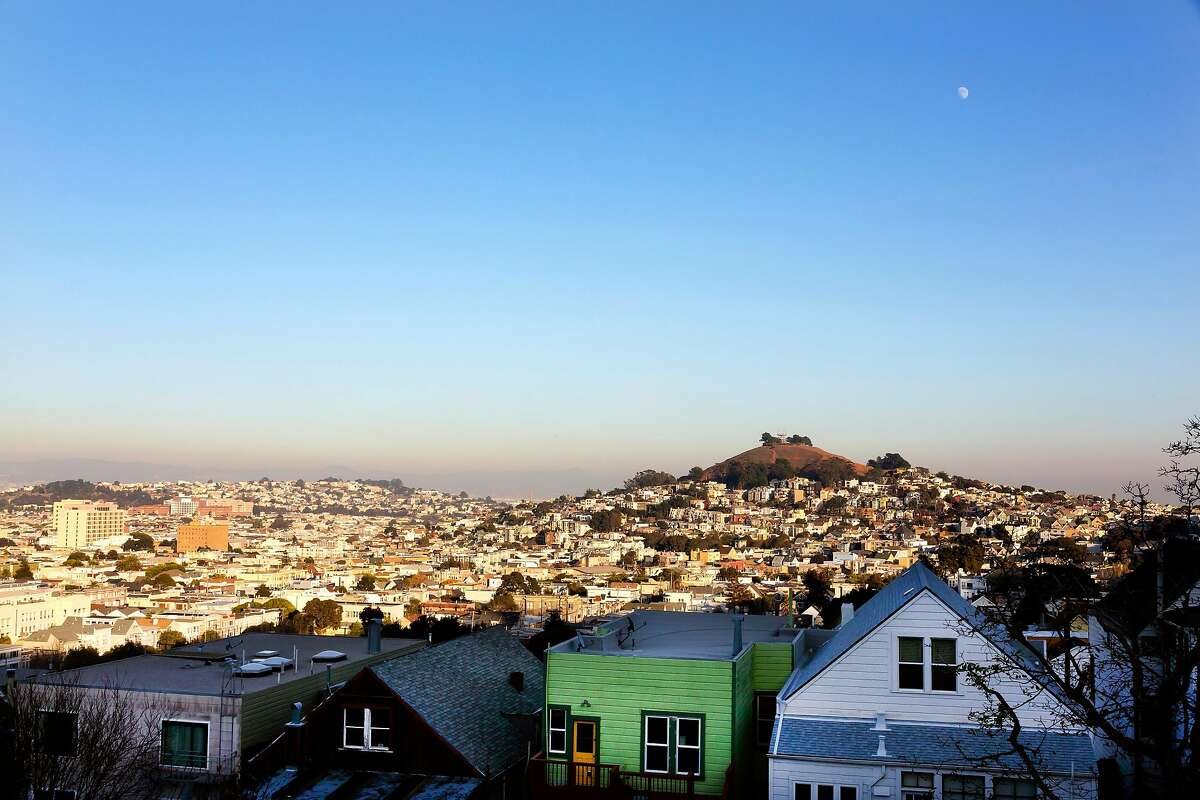 The home offers sweeping views of the rolling hills of San Francisco.