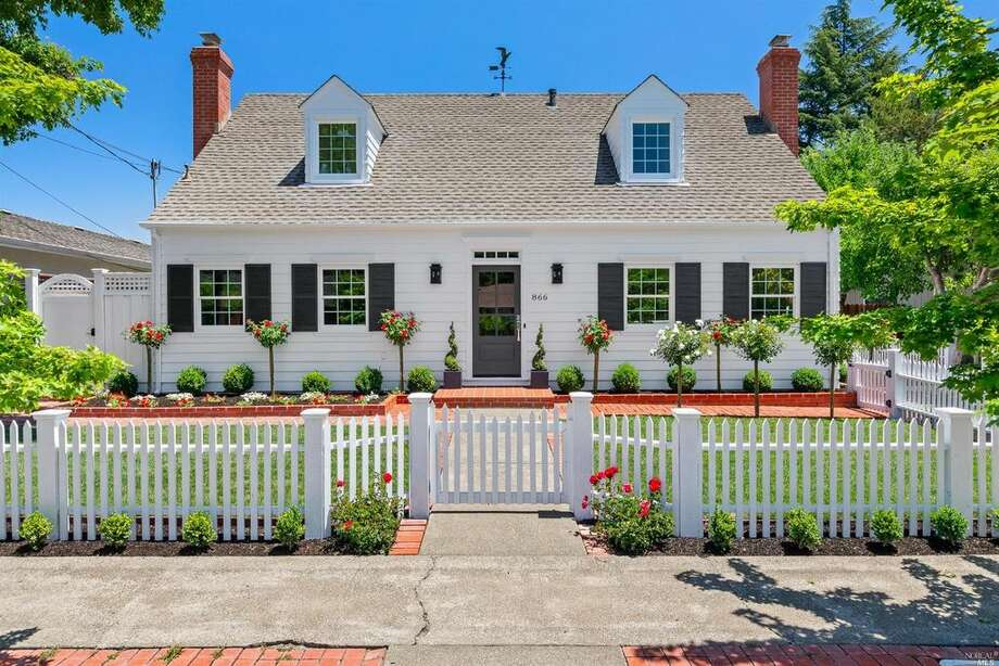 Sweet Cape Cod in Sonoma, remodeled, painted white, and ready for market, asking $1.872M Photo: Jan Pechbrenner/ LiftTecMedia Via Better Homes And Gardens