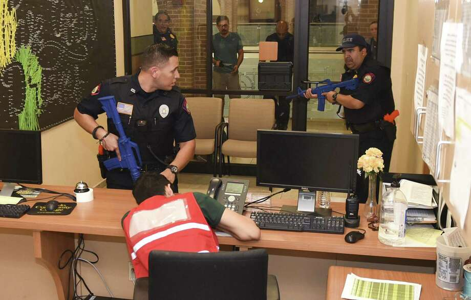 Laredo College Police officers participate in an active shooter training on Friday, Jul 6, 2018 at Laredo College's Ft. Macintosh campus. Photo: Danny Zaragoza, Staff Photographer / Laredo Morning Times / Laredo Morning Times