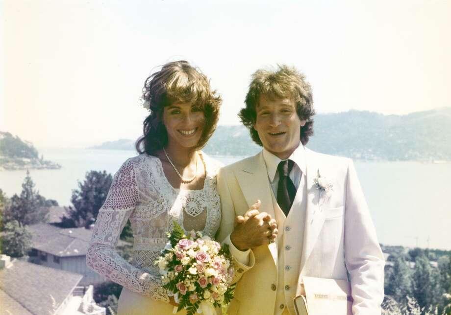 Valerie Velardi and Robin Williams on their wedding day in 1976. He became famous soon afterward. Photo: Borsari / HBO Photos