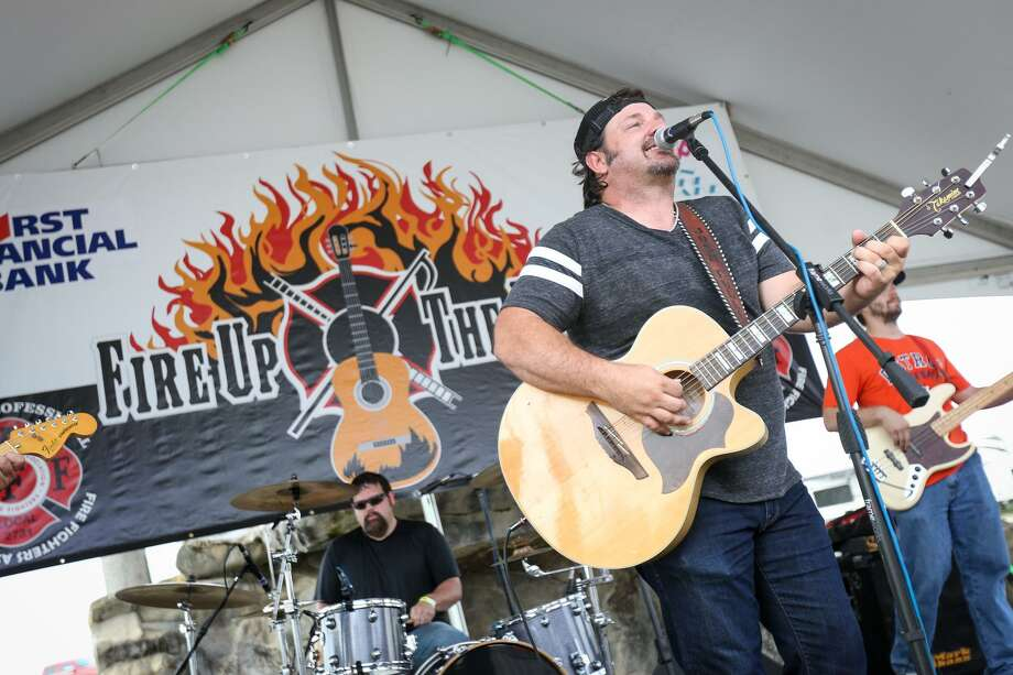 Josh Fuller performs during last year's Annual Fire up the Bands. This year's 2018 Fire Up the Bands will be held Saturday, July 14 at Pacific Yard House. Photo: Michael Minasi, Staff Photographer / Houston Chronicle / © 2017 Houston Chronicle