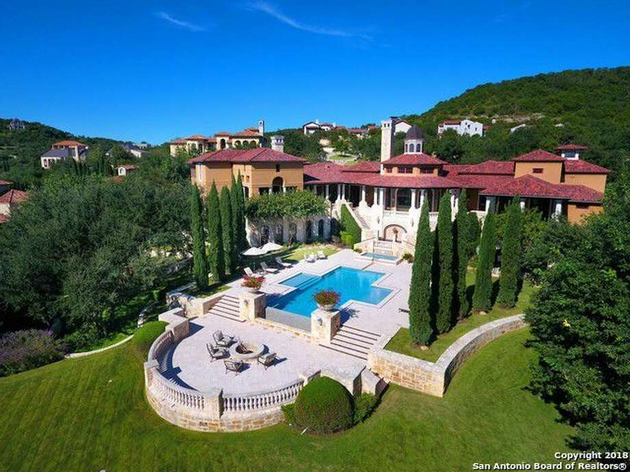 This mansion at 14 Crescent Park is among the priciest in Texas. It is listed at $5.9 million. Photo: Realtor.com